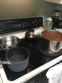 See?! The inner pot goes ON the stove!